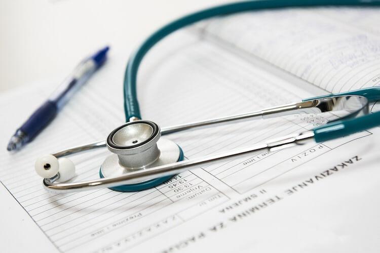 飲食店開業の医療保険、健康保険