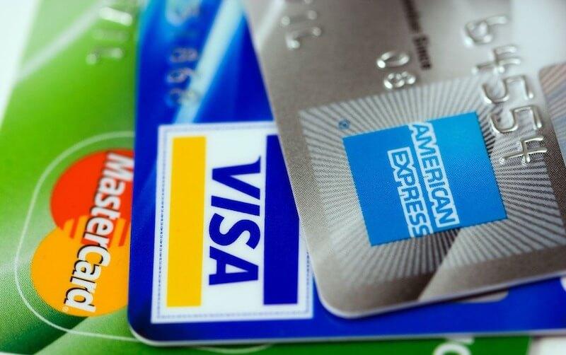 飲食店にクレジットカード決済導入